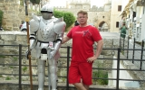 Фото с рыцарем на Родосе